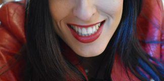 улыбка-девушка