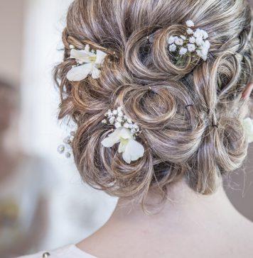 седые-волосы-прическа